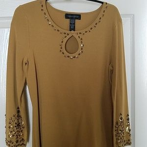 Gorgeous mustard colored light sweater